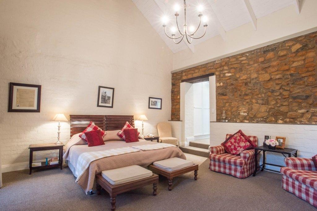 # 7 The William Makabinde Room